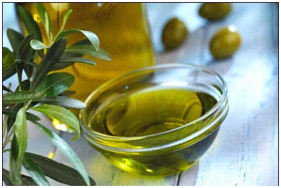 There are many natural remedies that can be used instead of medicine which can prove just as effective, and without any side effects. Olive oil is one such remedy and &#x2026; <a href='http://www.LimonRoots.net/CAT-3/The-many-benefits-of-olive-oil.html'>more...</a>